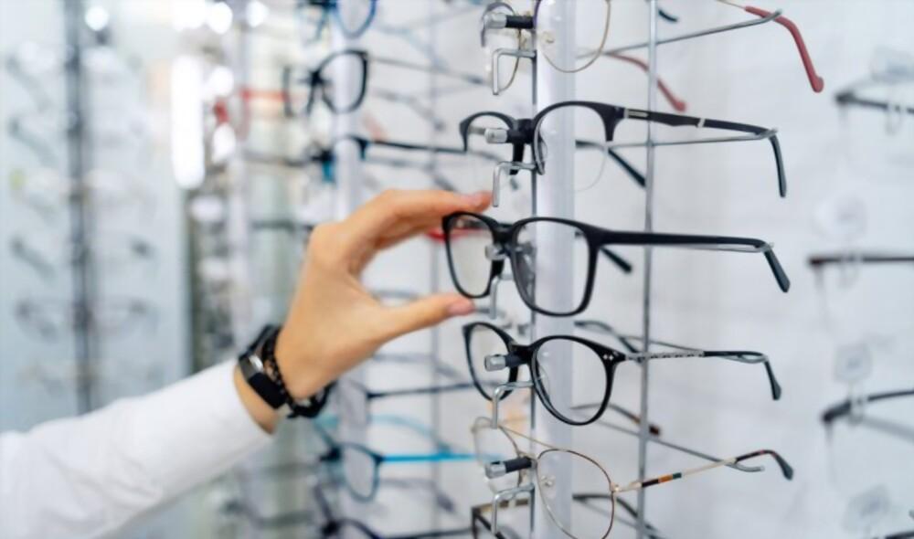افضل المواقع لشراء العدسات والنظارات ايوا – عين للبصريات